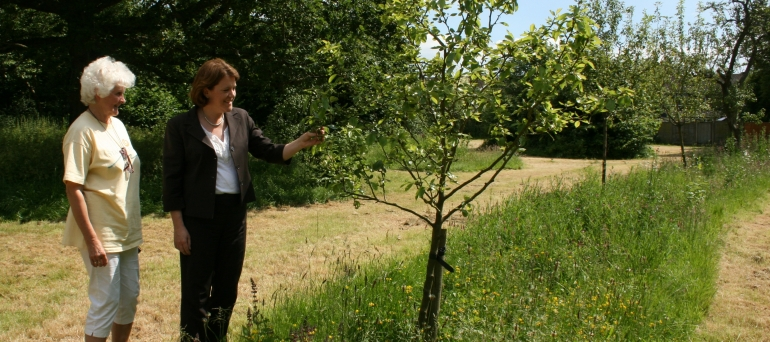 Maria with Marion Wolstencroft at Kempshott Community Orchard